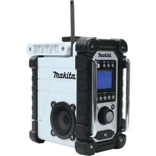Makita Portable Water Resistant Radio & MP3 Player NEW