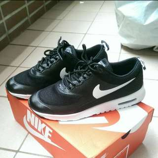 🚚 Nike Air 24/25 號黑色運動鞋