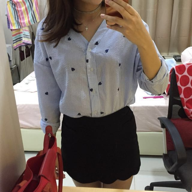 [50% OFF] Hearts embroidery striped blue blouse