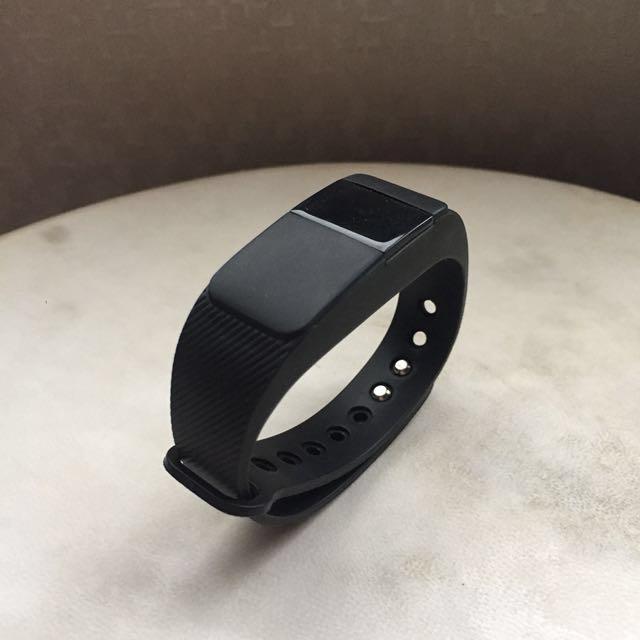 (80% OFF) Smart Bracelet Belutti [One Item Only]