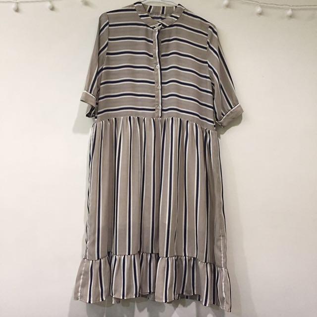 日系雙色條紋雪紡洋裝(裙有內襯)(有瑕疵)