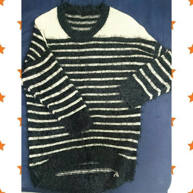 黑白條紋毛衣
