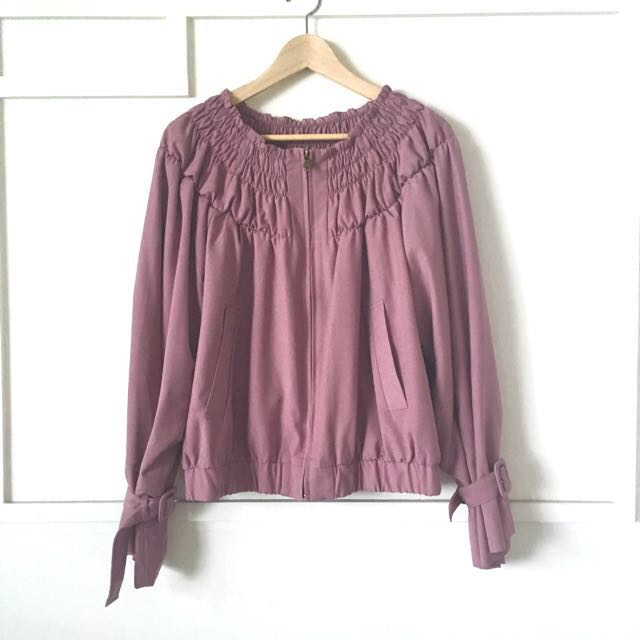 粉棗色喇叭袖外套