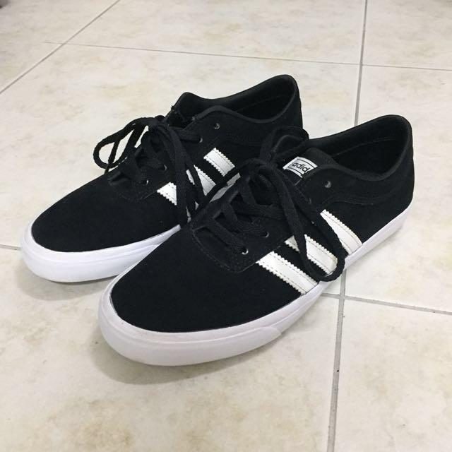 adidas麂皮休閒鞋24號/韓國限定款/僅穿兩次幾近全新可私訊近拍照