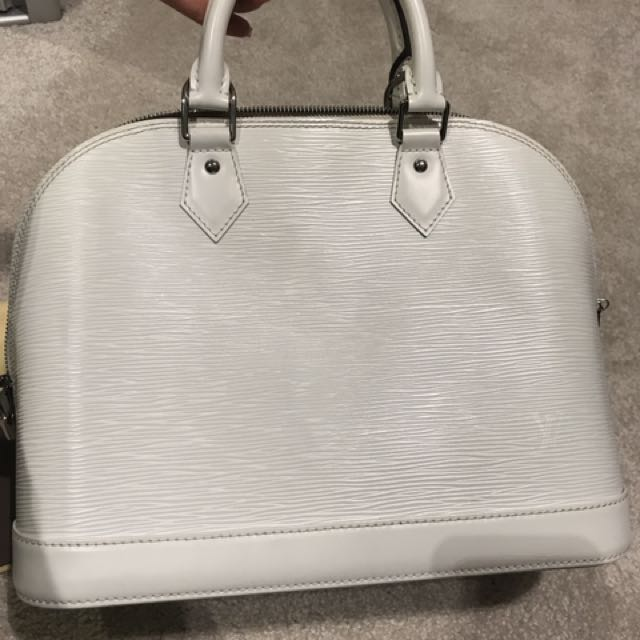 Authentic Louis Vuitton Alma Pm Epi Blanc Rrp $2700