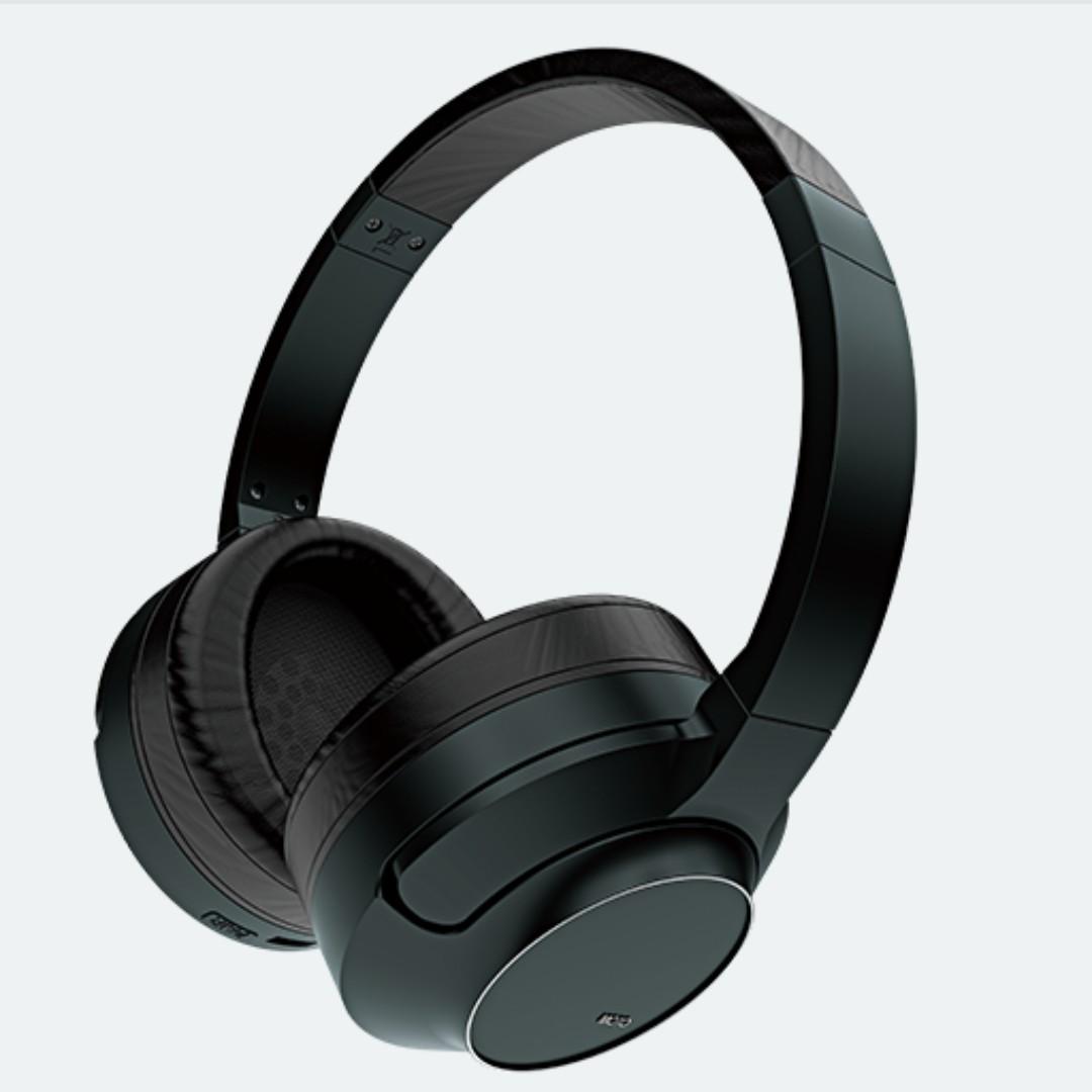 f3fff978973 Azden Moto ID 2.4 GHz digital hybrid wireless headphones ...