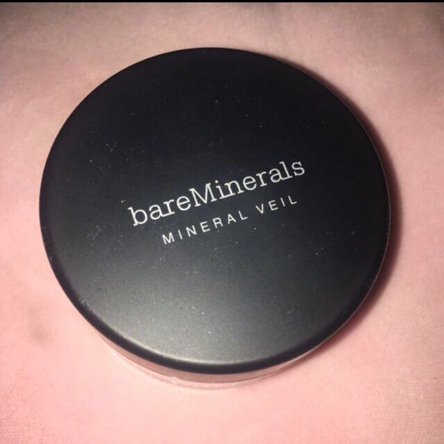 Bare Minerals Illuminating Veil