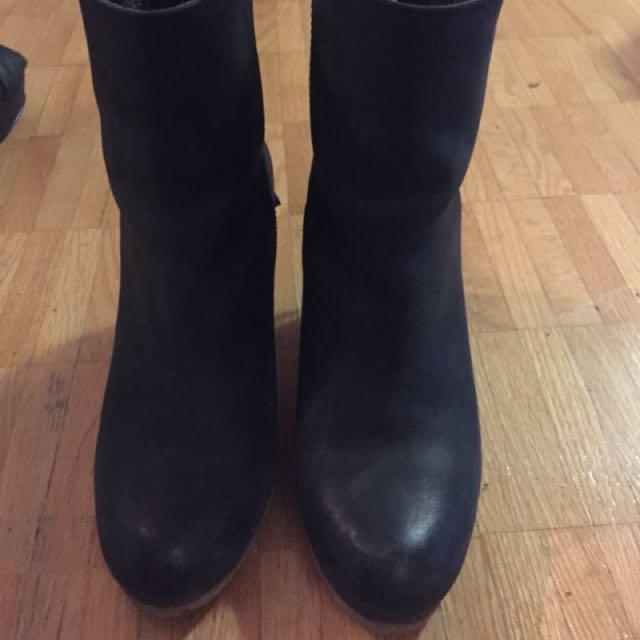 Black Ralph Lauren booties