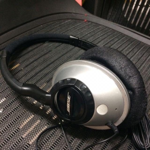Bose 耳機 《cushion部分氧化需更換》