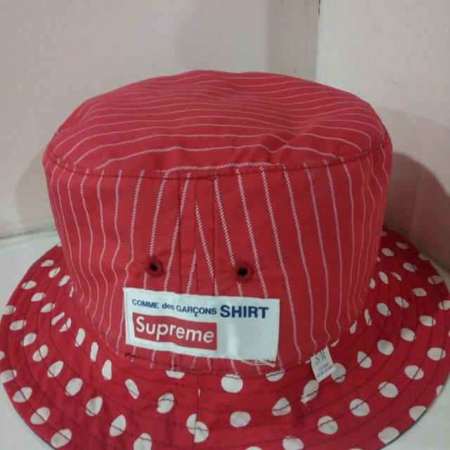 a1087c74c32 Bucket hat supreme CDG