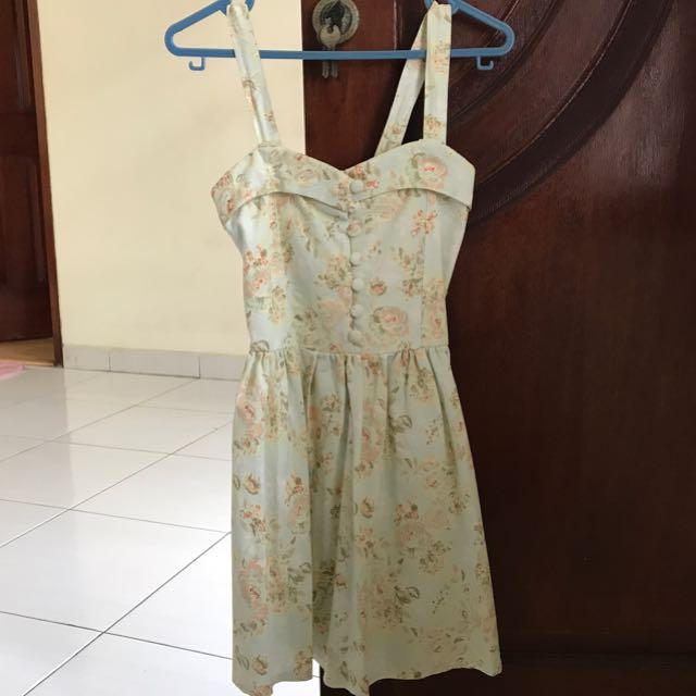 Dress bunga mint
