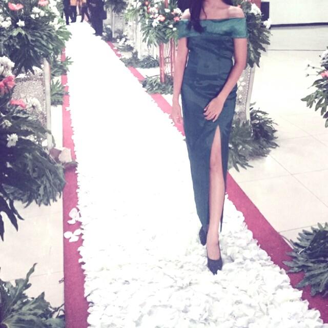 Dress green sabrina