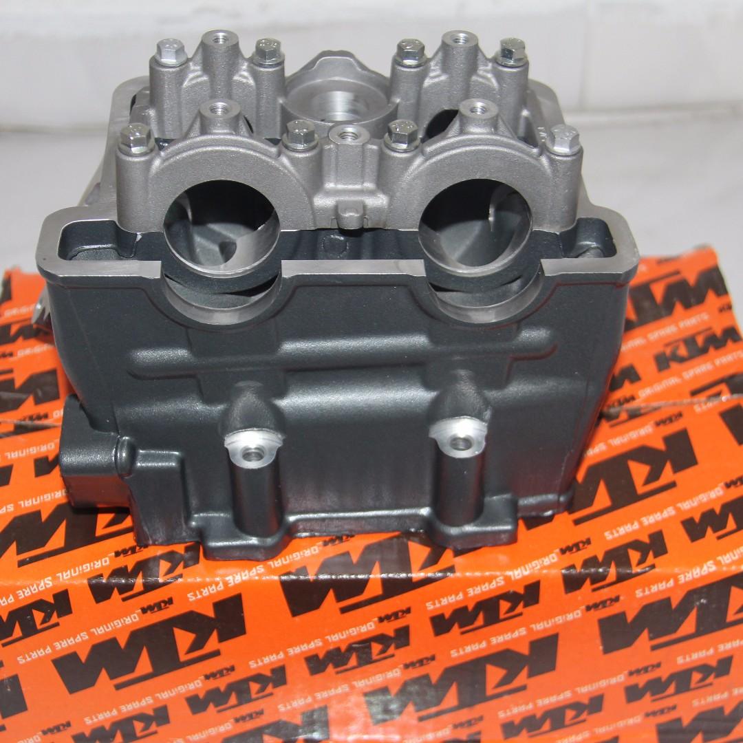 ENGINE CYLINDER HEAD with CAM for KTM DUKE 200/RC 200/ DUKE