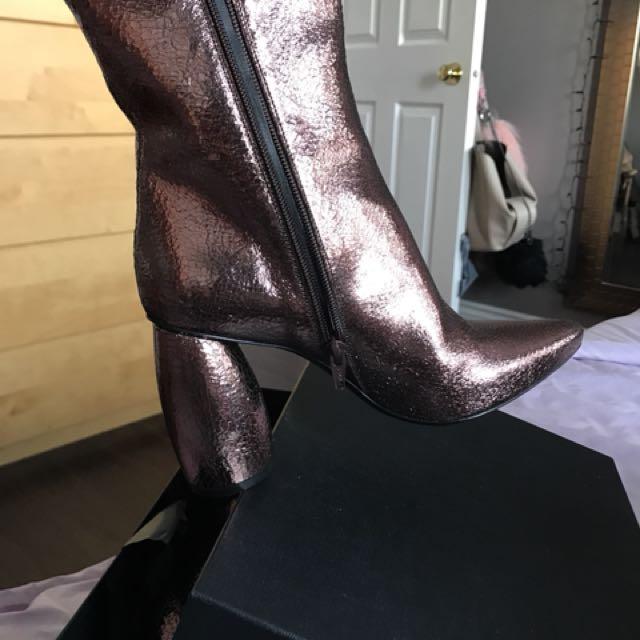Italian brand strategia leather boots