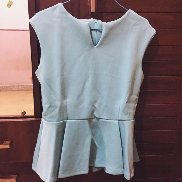 (NEW) PEPLUM V CUT BLOUSE TOSCA