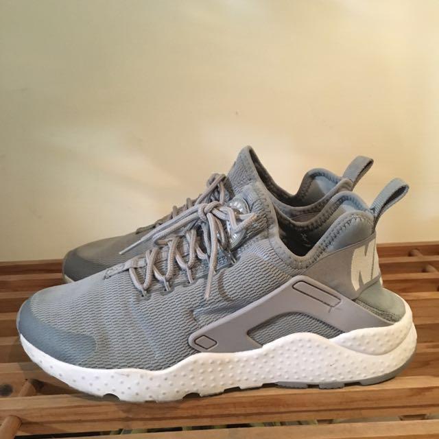 Nike 武士鞋灰色24.5