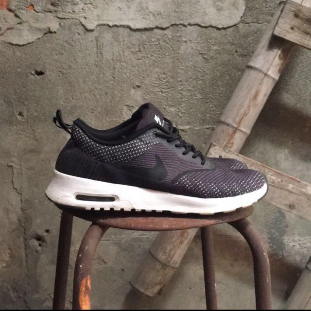 NIKE AIR MAX 黑色氣墊鞋