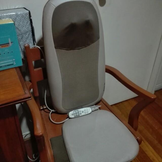 OSIM uCaress back massager
