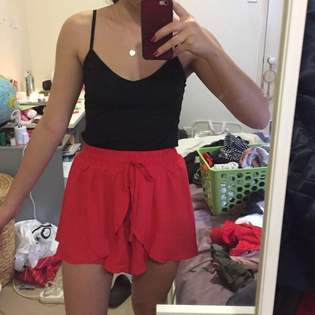 peppermayo red kiko shorts size 8