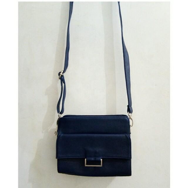 [Reprice]Navy Blue Slingbag