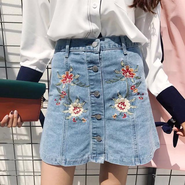 Sale❤️花朵刺繡牛仔高腰裙/短裙/排扣裙