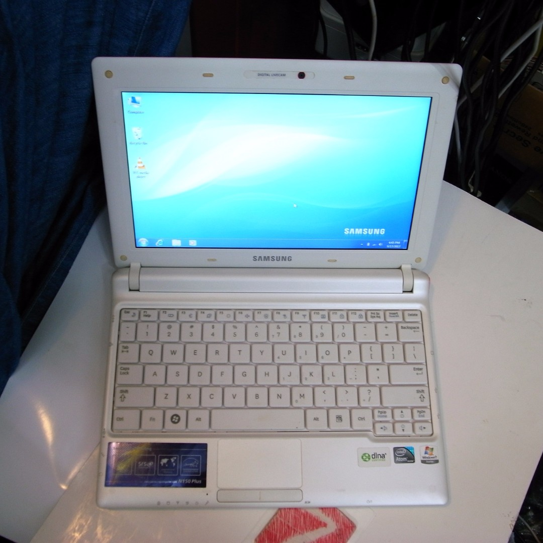 Lenovo Ip110 I5 6200u4gb1tbdvdrwamd Radeon R5 M430 2gb14dos Daftar Hp Notebook 14 Am127tx Samsung N150 Plus 10 Inch 1kg Netbook Sold Out Electronics Computers On Carousell