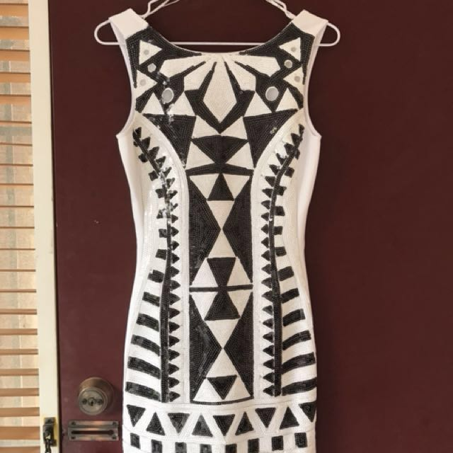 SASS sequin dress size 6