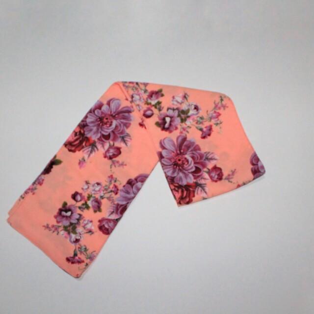 Scraf pink flower