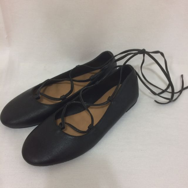 S&H Black Lace Up Flats