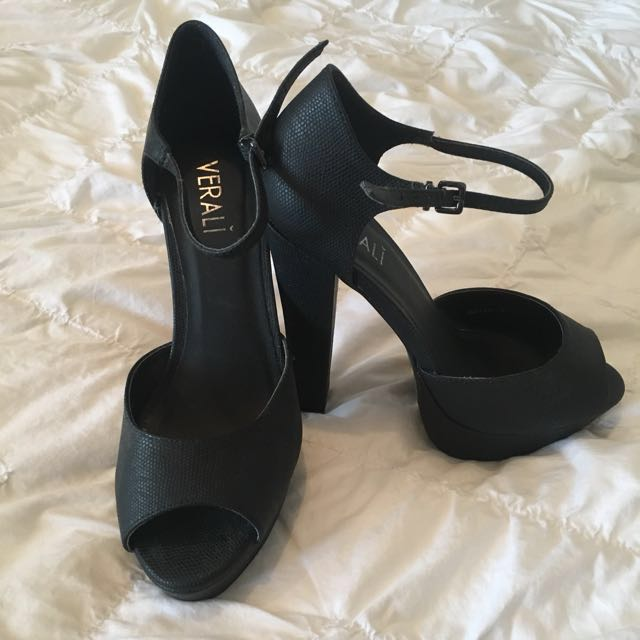 Size 8 - Wild Pair Verali - Black leather heels