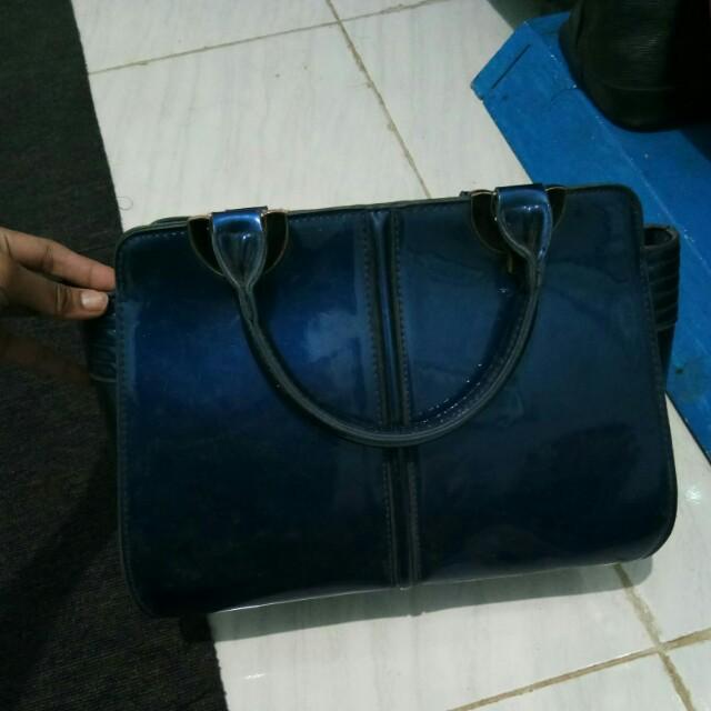 Tas blue
