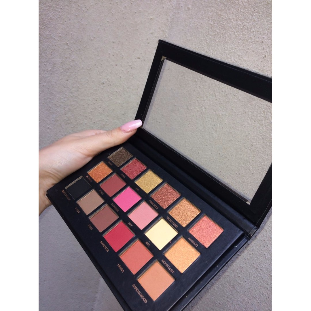 [SWAPS ONLY] Huda Beaty Eye Shadow Pallet   Rose Gold Edition
