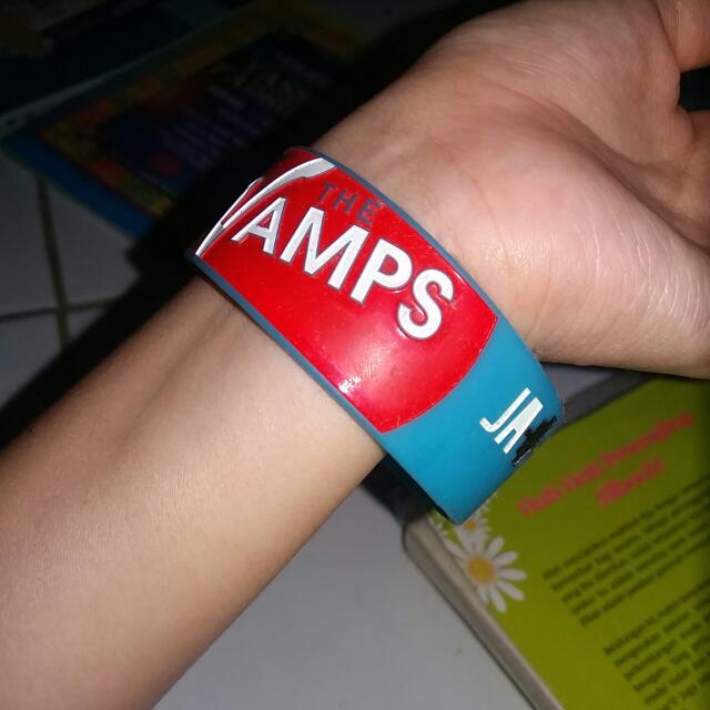 The Vamps Wristband Glow In The Dark