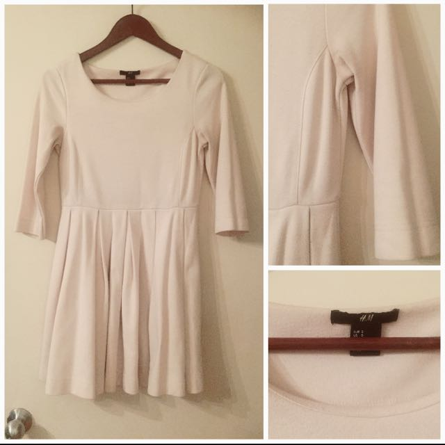 Thick Sweater Material Pleated Dress