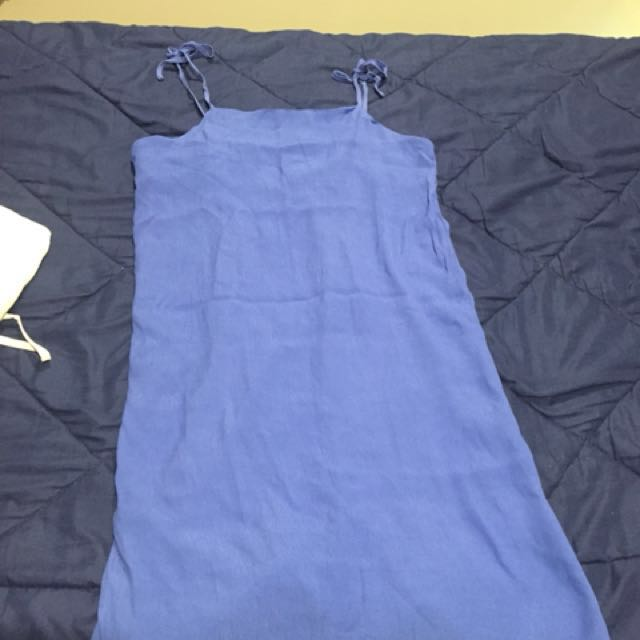 Tie-string dress Size 6