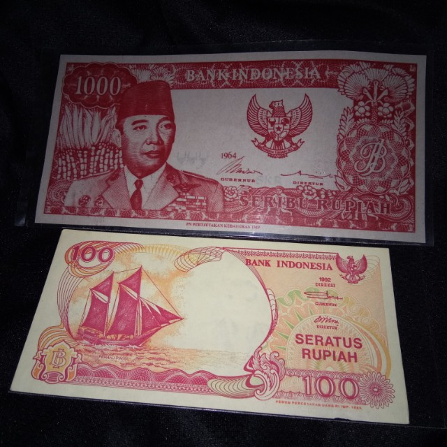 Uang Soekarno Melengkung  dan Kapal Pinisi
