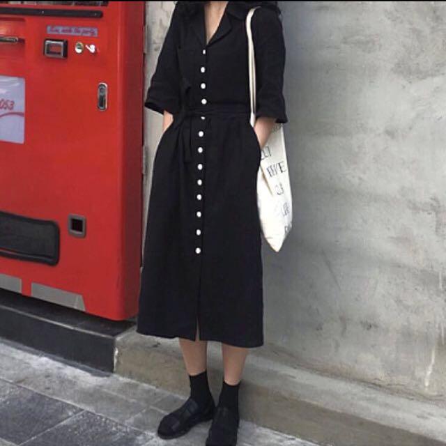 時髦黑色V領排扣棉麻短袖洋裝