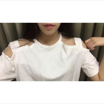 Vii&co 白色挖肩長版上衣洋裝