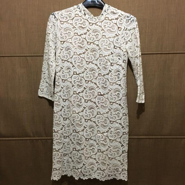 White lace dress (chocoships)