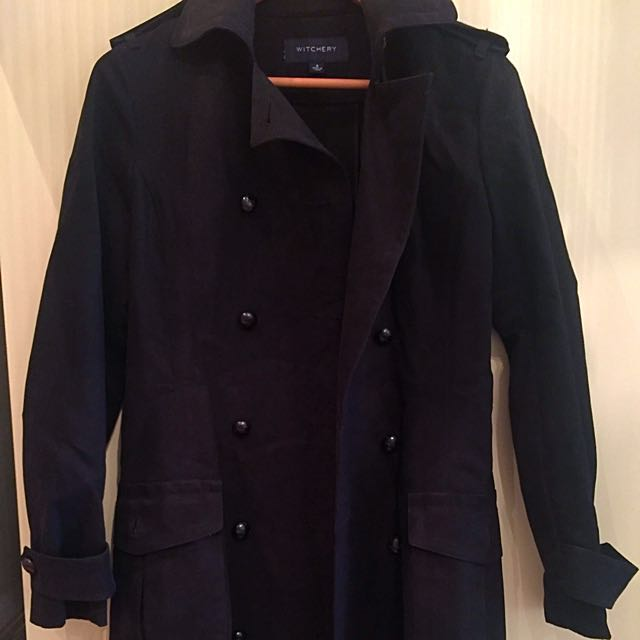WITCHERY COAT size 8