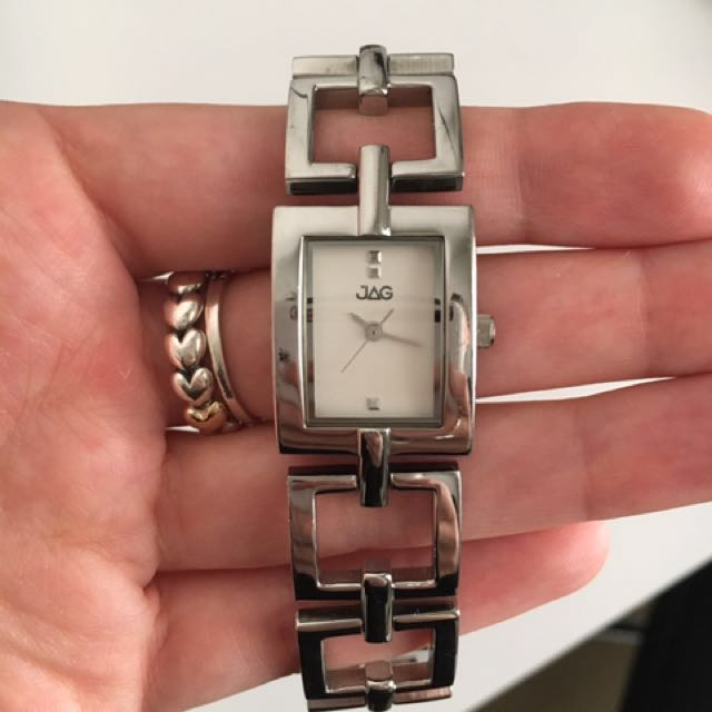 Women's Silver Jag Watch. GOOD CONDITION.