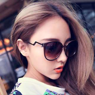 Ulzzang Style Nanda Korean Sunglasses brand new with pouch