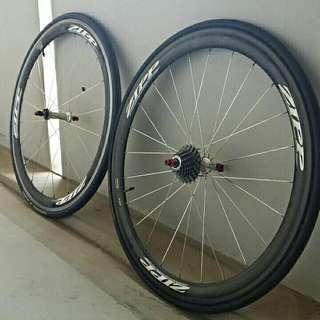 Zipp 303 Non-Firecast 10 Speed Shimano Wheelset For Sale! * * *