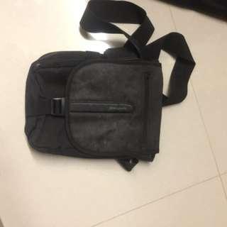 Targus sling bag