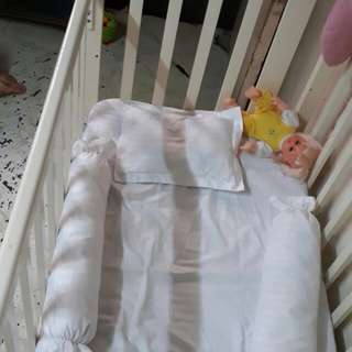 Pure solid wood crib/