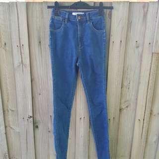 Wrangler size 6 jeans