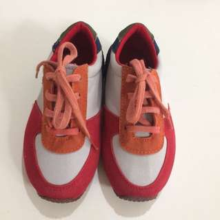 Sepatu mow kiddy kids size 7 eur 23 (tapi size cenderung kecil)