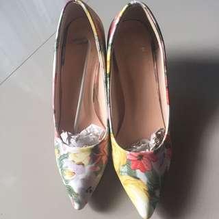 Sepatu Fesyen Sz 39