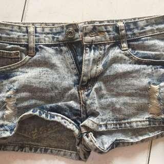 acid washed ripped shorts