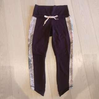 Lululemon 3/4 purple high waisted tights